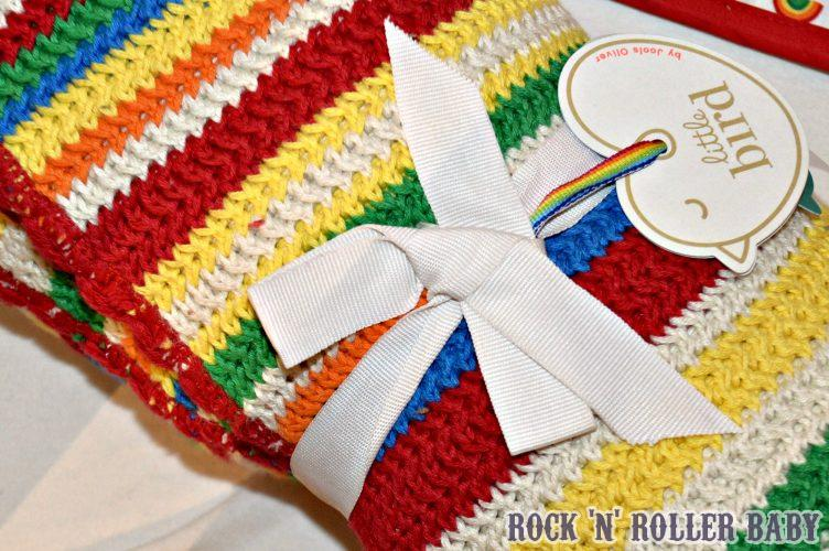 Then there's the bedroom plunder... I WANT it ALL! Especially this crochet style blanket (GORGEOUS)!