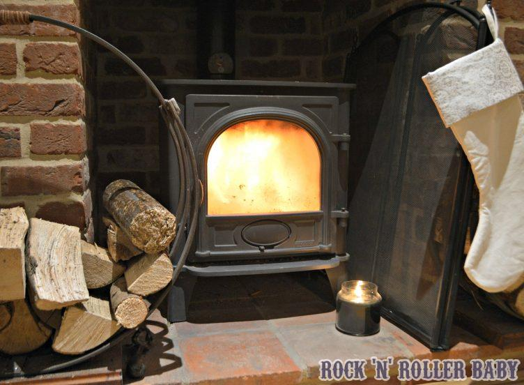 Packs of fire wood from Poundland for £3!